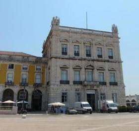 O Torreão Nascente da Praça do Comércio
